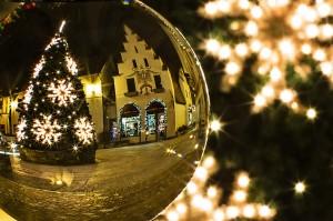christmas-tree-573198_1280